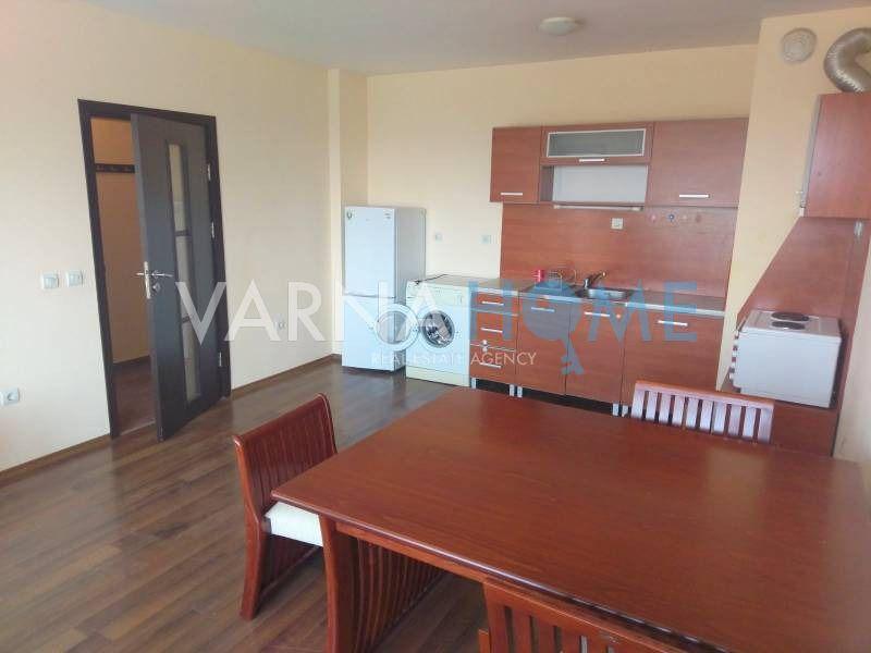 Двустаен апартамент в района на…
