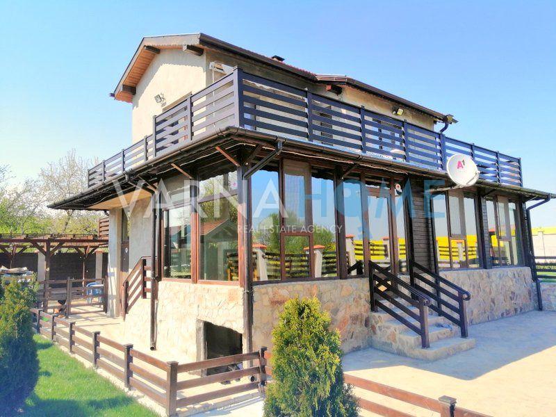 Двуетажна къща за продажба в с.…