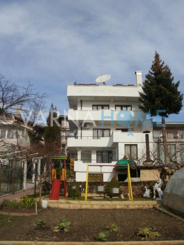 Къща в м-т Евксиноград