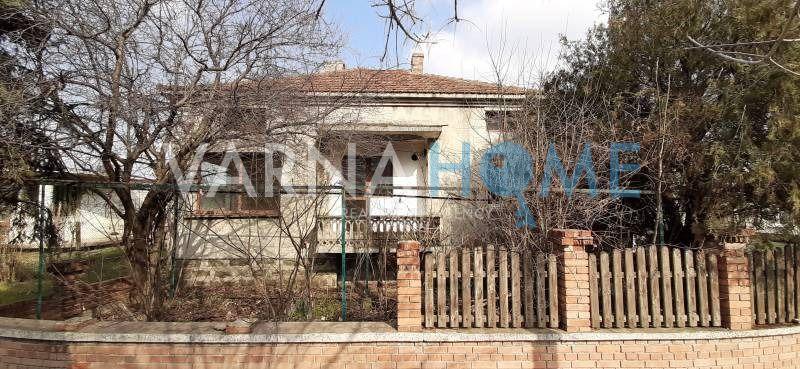 Къща в град Камено за продажба…